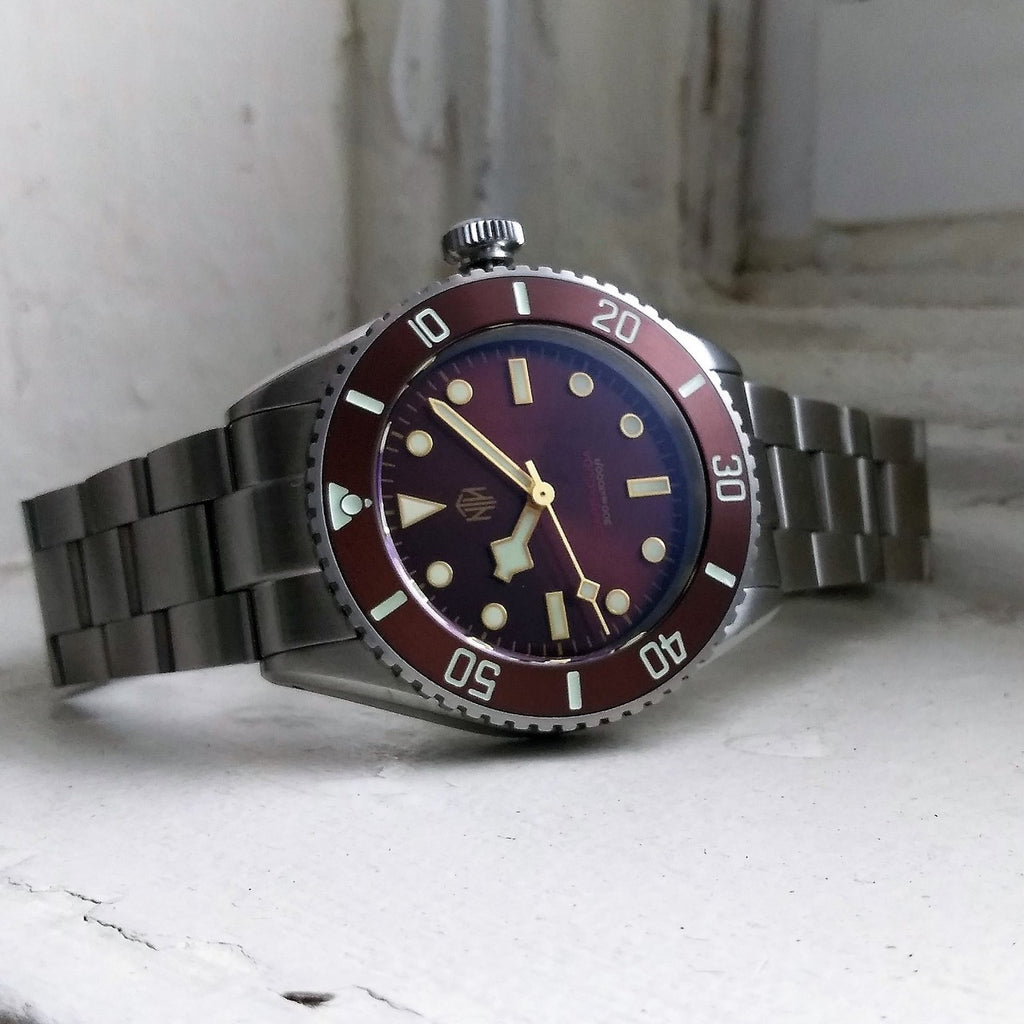 Barracuda - Brown, No Date - Nearly New - NTH Watches
