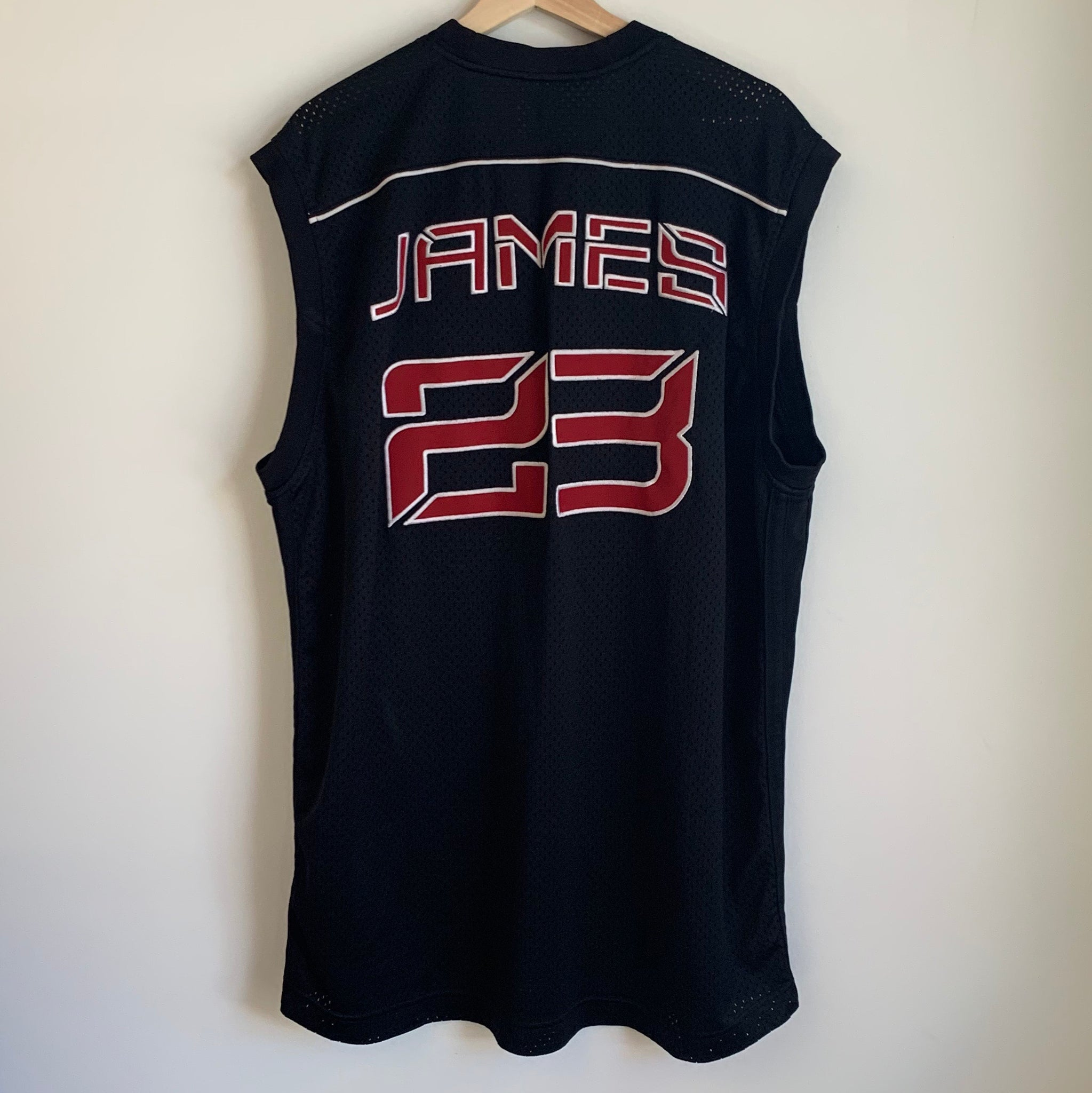meet ce5f4 f0ed7 Nike Air LeBron James King Black Basketball Jersey