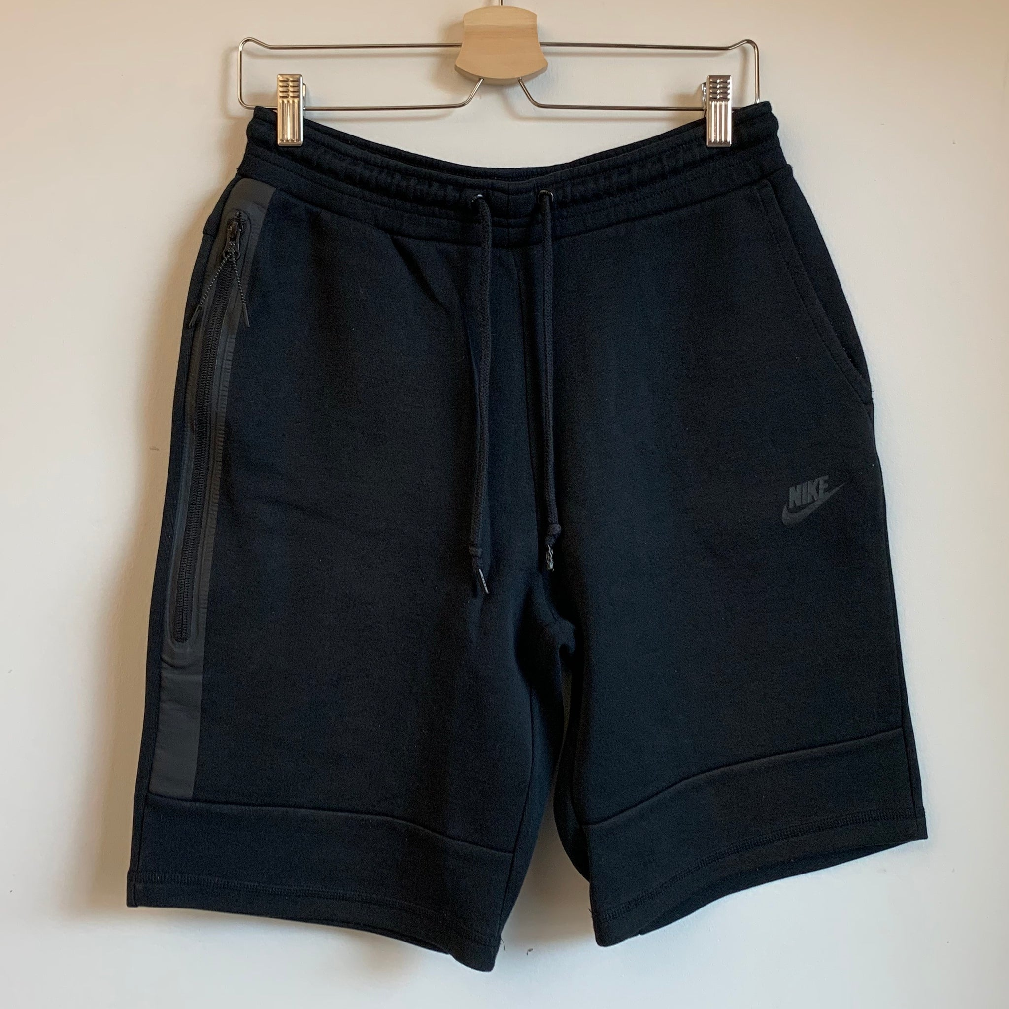 Nike Black Tech Fleece Sweat Shorts