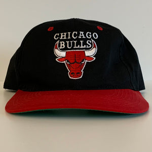 Chicago Bulls Black & Red Snapback
