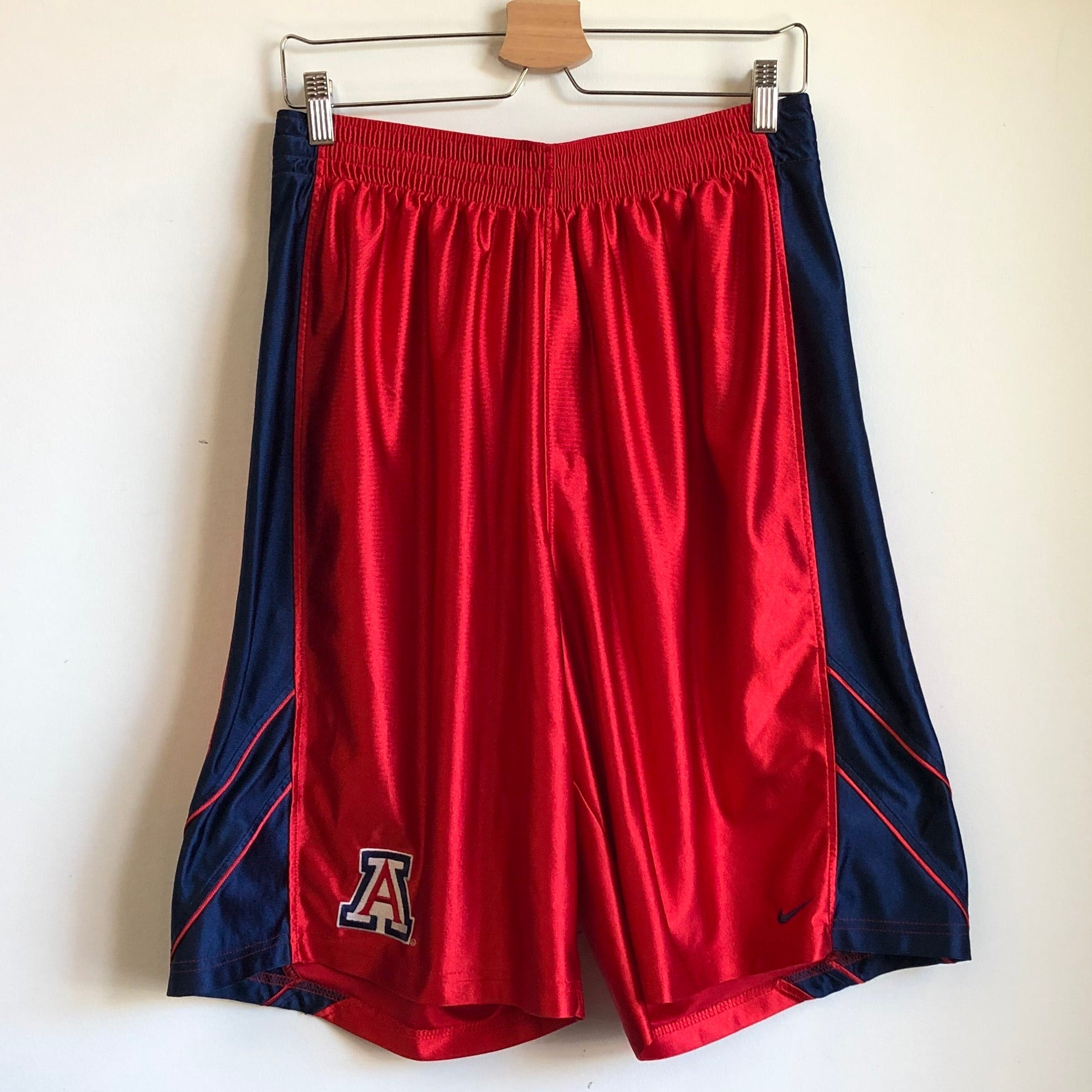 2006 Nike Arizona Wildcats Red Basketball Shorts