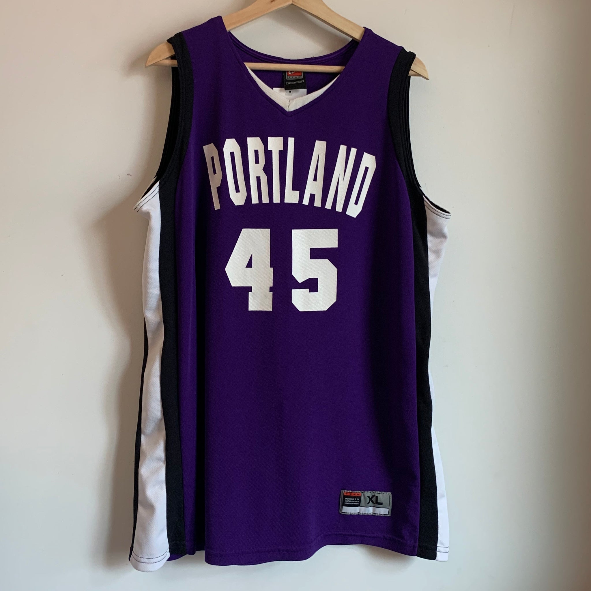 Nike Portland Pilots Team-Issued Basketball Jersey