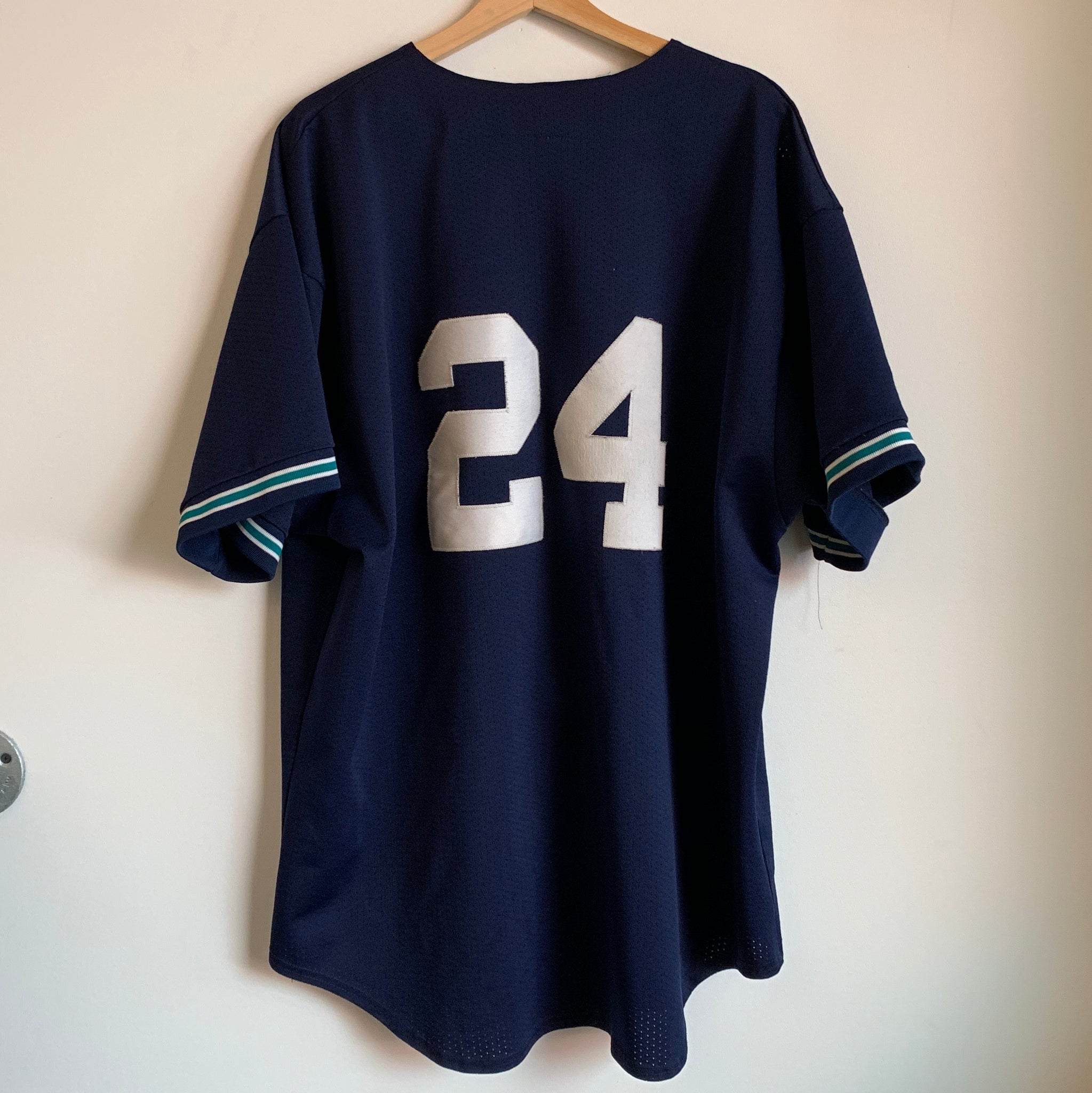 Majestic Ken Griffey Jr.  Seattle Mariners Baseball Jersey