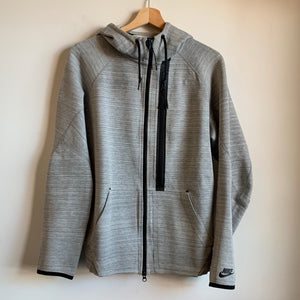Nike Tech Fleece Gray Zip-Up Hoodie Sweatshirt