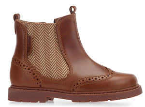 Start Rite Digby Tan Leather Boot  Brogue style Chelsea boot. In a rich tan colour, this durable boot features a fuss free zip and stylish herringbone stretchy elastic panel to the side of the boot. The flexible rubber sole ensures comfort.  Features:  Upper: Leather Lining: Leather Sole: Other material