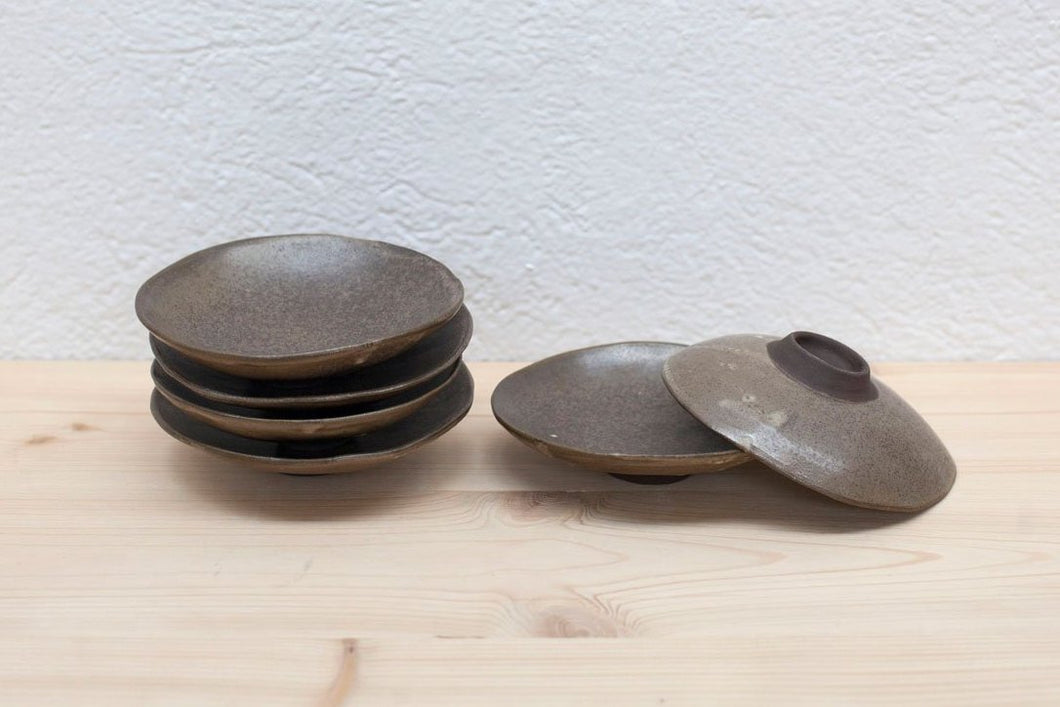 BLACK CLAY DISH