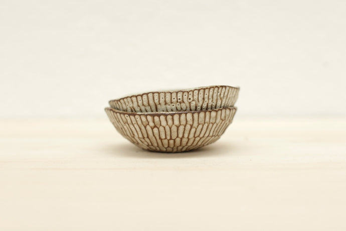 TEXTURED BOWL BLACK