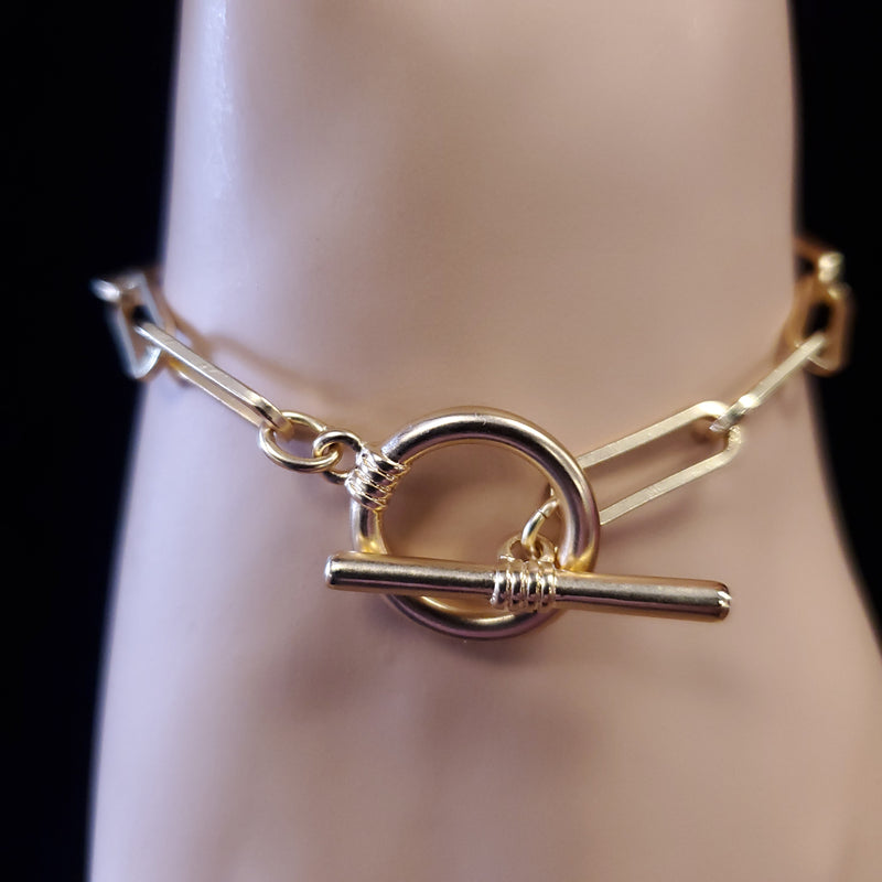 Chain Toggle Bracelet