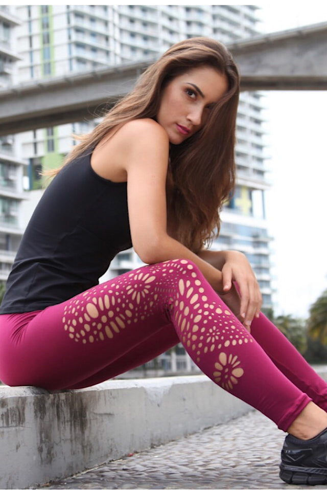 Equilibrium Lambada Leggings L7020. DURABLE/ANTI-ABRASION WRINKLE FREE STRETCH-SHAPE RETAIN NON SHRINKING INNER COMPARTMENT HYPOALLERGENIC HARDWARE HAND MADE COMPONENTS FAST DRYING FABRIC: SUPPLEX ENHANCED OXYGENATION COMPRESSION: MEDIUM MOISTURE WICKING BREATHABLE FABRIC ANTI-ODER ANTI-MICROBIAL