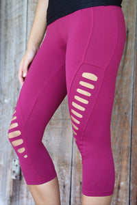 Equilibrium Lambada Capris C385. DURABLE/ANTI-ABRASION WRINKLE FREE STRETCH-SHAPE RETAIN NON SHRINKING INNER COMPARTMENT HYPOALLERGENIC HARDWARE HAND MADE COMPONENTS FAST DRYING FABRIC: SUPPLEX ENHANCED OXYGENATION COMPRESSION: MEDIUM MOISTURE WICKING BREATHABLE FABRIC ANTI-ODER ANTI-MICROBIAL