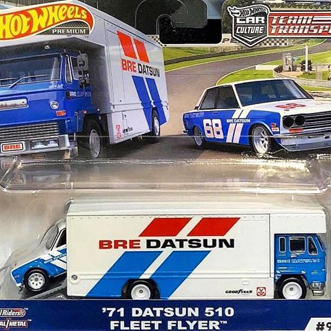 HOT WHEELS -  TEAM TRANSPORT '71 DATSUN 510 & FLEET FLYER (IN STOCK)