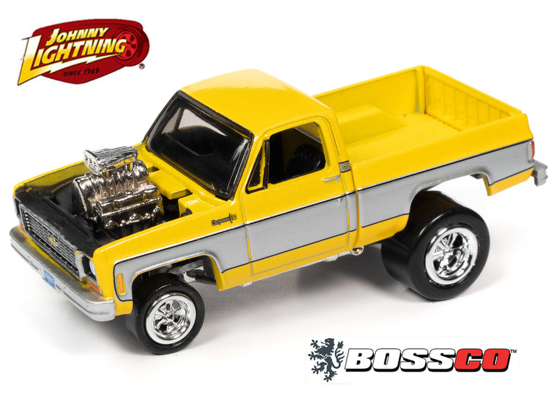 JOHNNY LIGHTNING - '73 CHEVY STREET FREAKS (YELLOW) ***PRE ORDER***