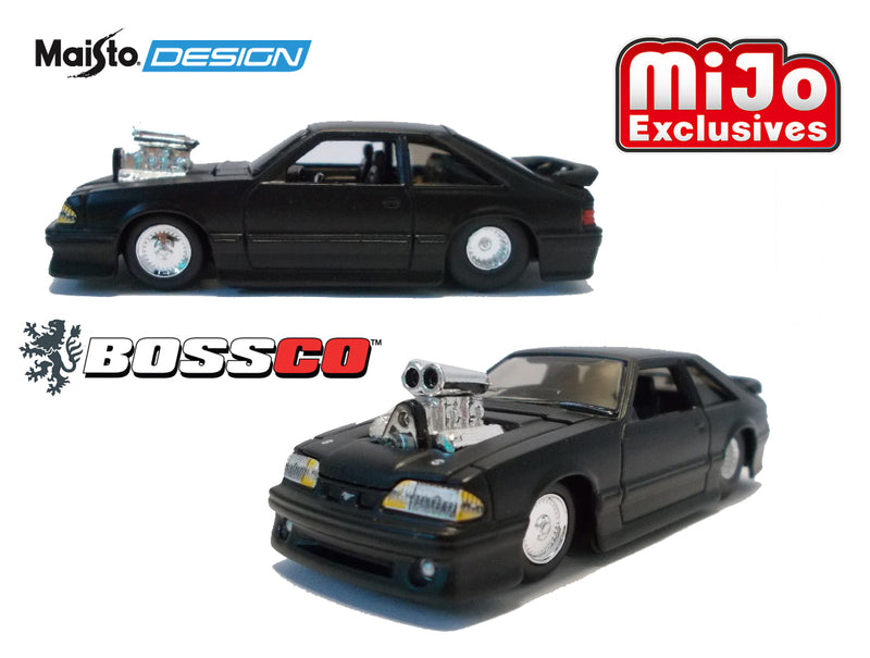 "MAISTO - 93 FORD SVT COBRA ""FLAT BLACK"""