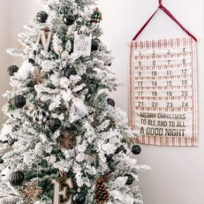 Heirloom Advent Wall Calendar