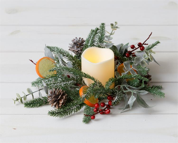 Frosted Evergreens, Eucalyptus, Berry, Citrus Candle Ring