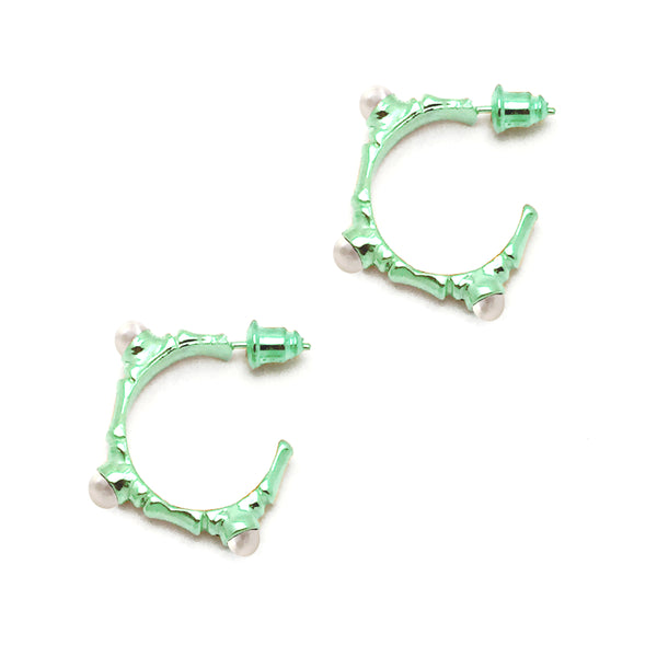 Bamboo and Pearl Hoop Earrings (Pair) - GLETNYC.com