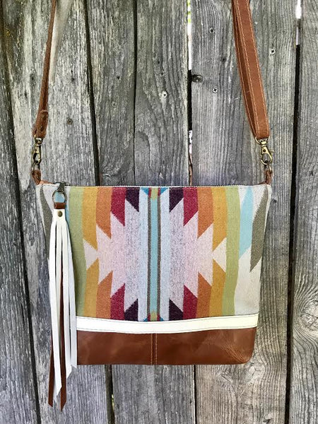 desert rainbow deluxe - leather and wool bag