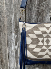 Copy of Graystone Blue Deluxe - Handcrafted Leather and Wool Bag