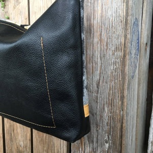 Sedona - Handcrafted Leather and Wool Bag