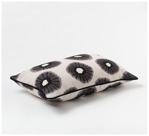 Studio Onethirty - Luna B+W Cushion