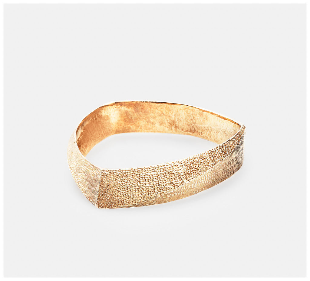 Abby Seymour – Peak Brass Bangle