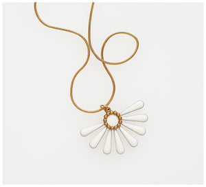 Middle Child - Flossie Necklace - White