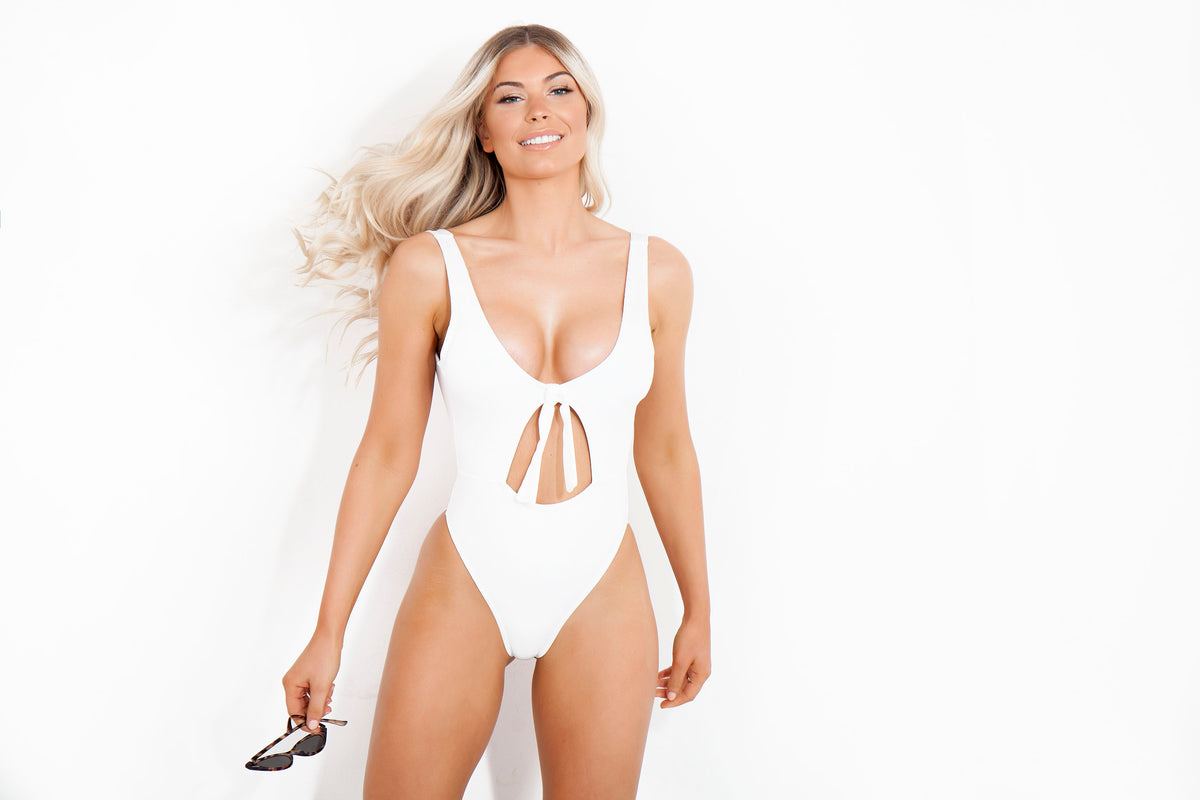 White High Leg Cut out Knot Swimsuit