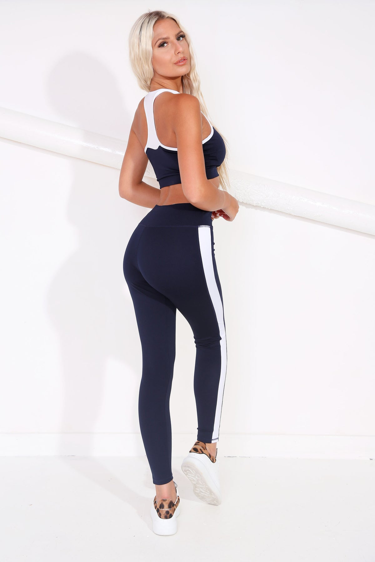 Navy & White Sports Bra & Leggings set