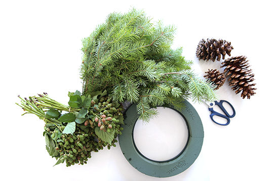 Five easy steps to making a beautiful, fresh Christmas wreath