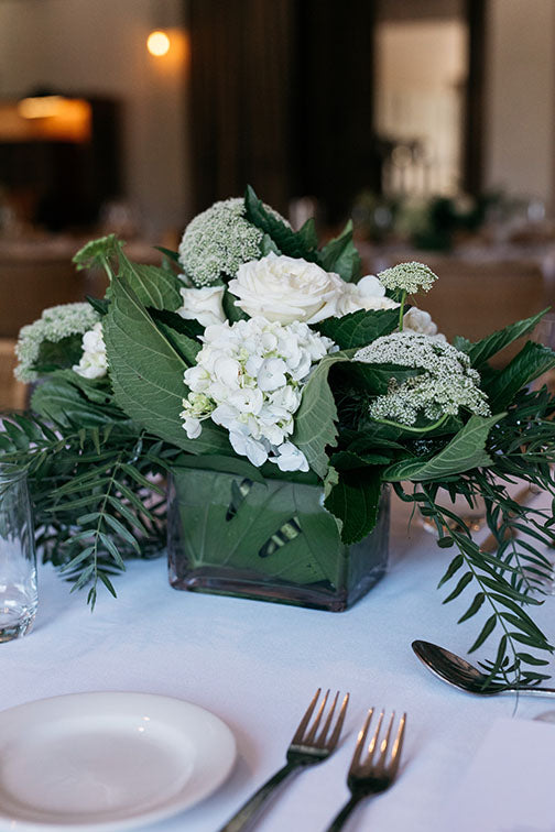 Table flowerdesigns at wedding
