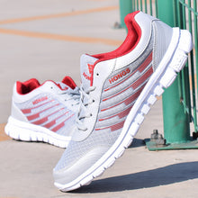 2018 Men Lightweight sneakers superstar Shoes Comfot Lace-up new arrival Outdoor man causal Shoes plus size tenis feminino