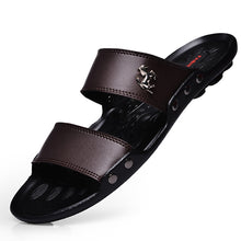 Casual Famous Brand 2018 Men Slippers Sandals Shoes Men Summer Flip Flops Beach Sandals Men Shoes Leather Sandalias Zapatos