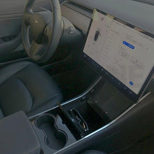 Passenger view in Tesla Model 3 with Skyline Sunglasses Mount