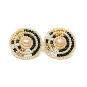 Circle Direction Freshwater Pearl Earrings