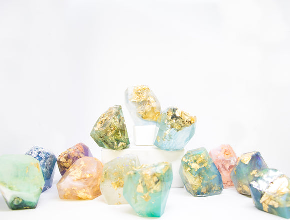 <center>Kathryn's Crystals</center>