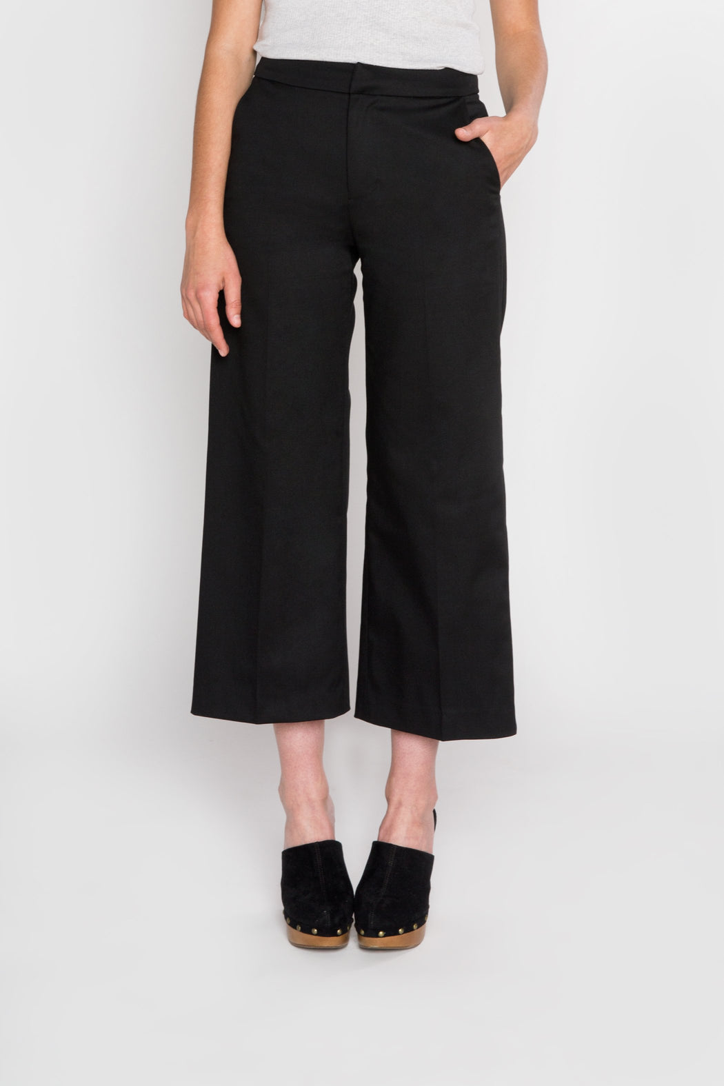 The Gloria Pant - front zoom