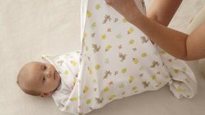How To Swaddle Your Baby Properly-Li'l Zippers-Baby Zip Rompers