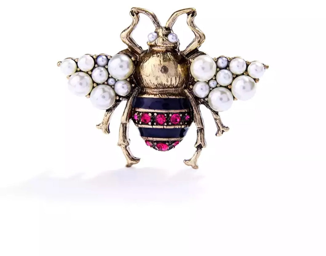 The Manhattan brooch