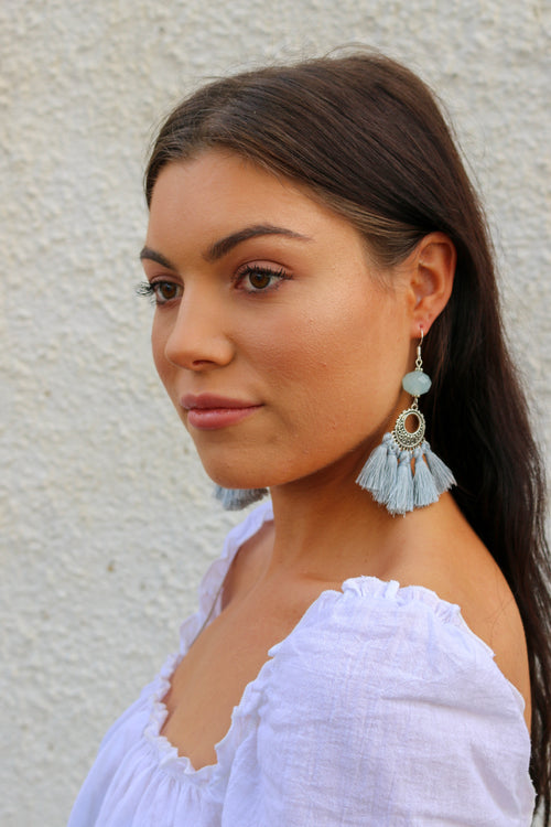 Hamptons Earring in dusty blue with tassels