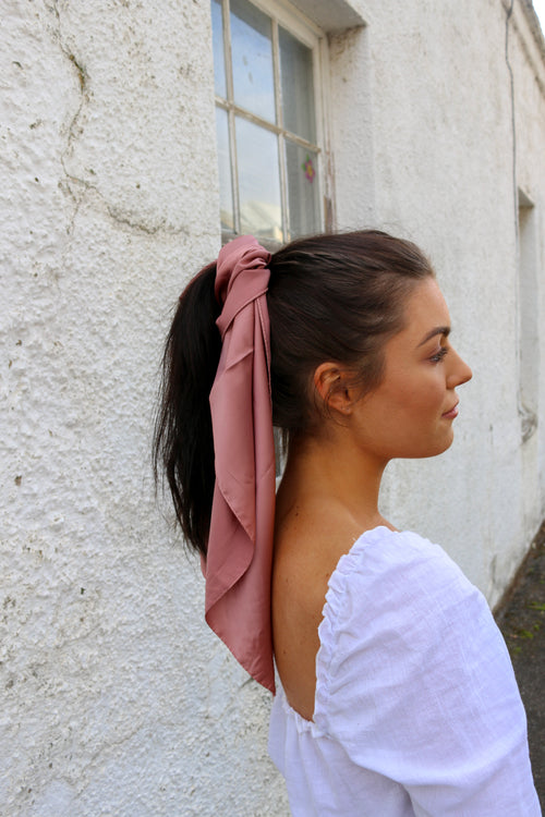 Island silk headscarf in dusty pink