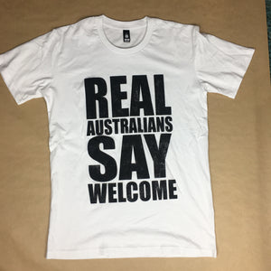 Unisex 'Real Australians Say Welcome' T-shirt