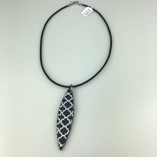 Long Black Leaf with Paint Pattern Necklace