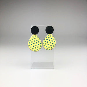 Abstract Earring in Spotty Yellow