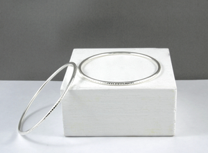Thin Dotty Bangle Silver Small