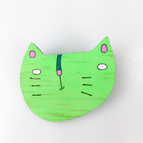 Wooden 'Kitty' Brooch in Green