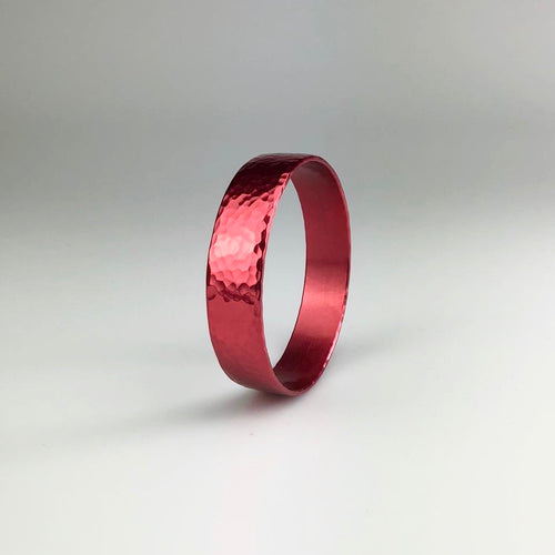 Thin Bangle in Red