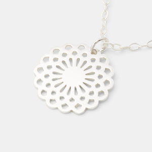 Dahlia Plain Necklace