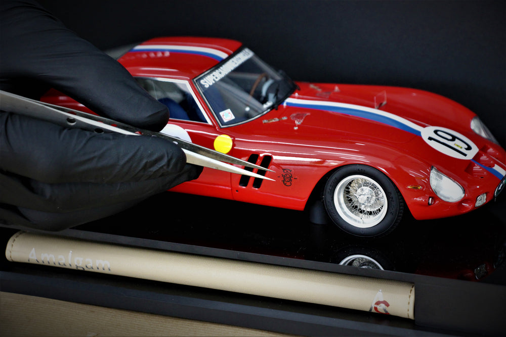 Ferrari 250 GTO - 3705GT - 1962 LE MANS CLASS WINNER 1:18 Scale Model by Amalgam Collection for SOC