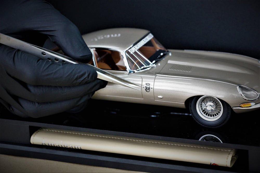 Jaguar E-Type COUPE - ROAD & TRACK 1:18 Scale Model by Amalgam Collection for SOC