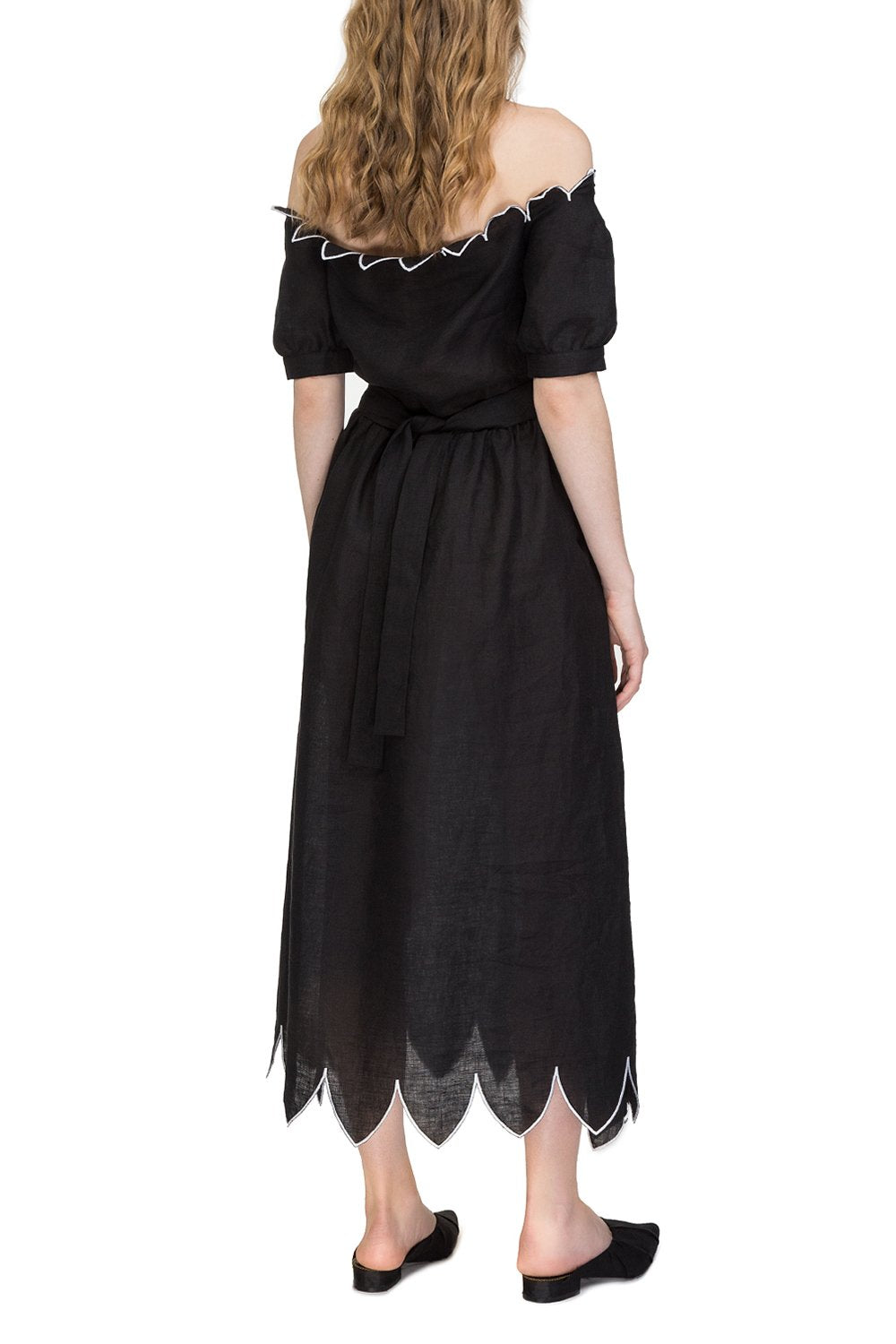 """Venus"" dress with sleeves"